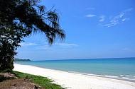 Khám Phá Vẻ Đẹp Bãi Biển Sơn Hào