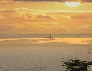 Ngắm bình minh trên đảo Quan Lạn vào cuối tuần