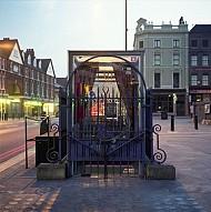 Nhà vệ sinh công cộng ở Victoria London